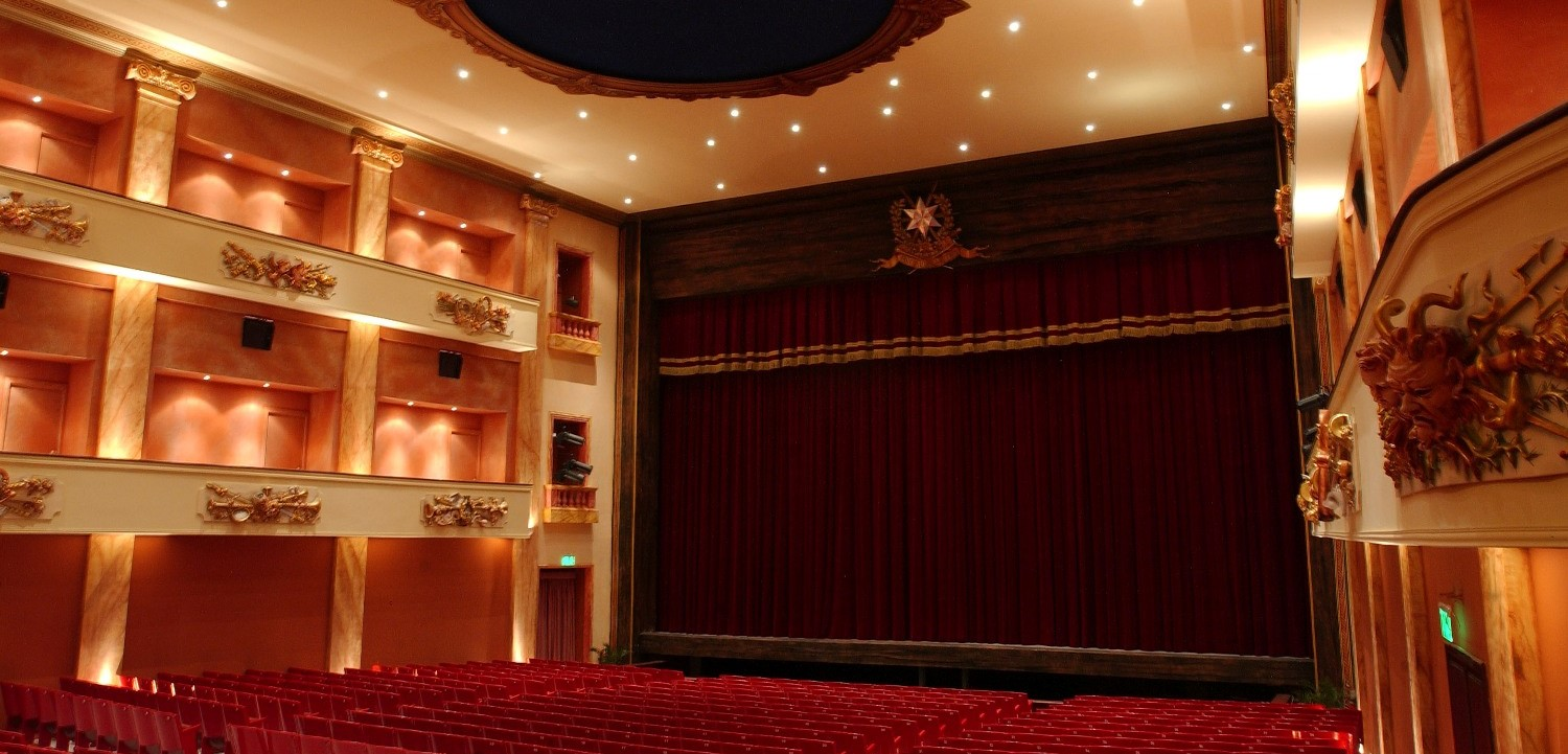 Teatru Astra Interior by Joe Attard